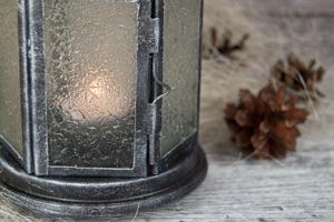Простой новогодний фонарик. Мастер-класс по декору фонаря из Икеи.