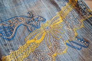 Роспись джинсов контурами и контурным гелем
