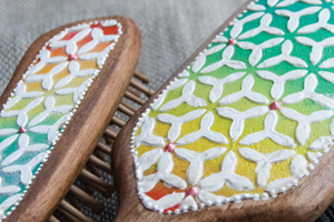 Создание текстурных рельефных поверхностей с помощью акриловых рельефных паст