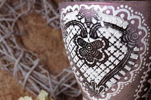 «Вечернее платье для розы» ваза своими руками