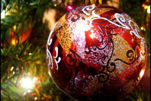 Роспись елочных шаров акриловыми красками