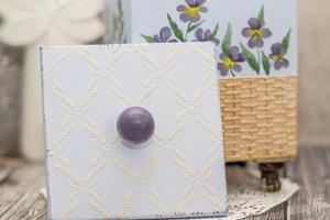 Короб с росписью и имитацией плетёной корзинки