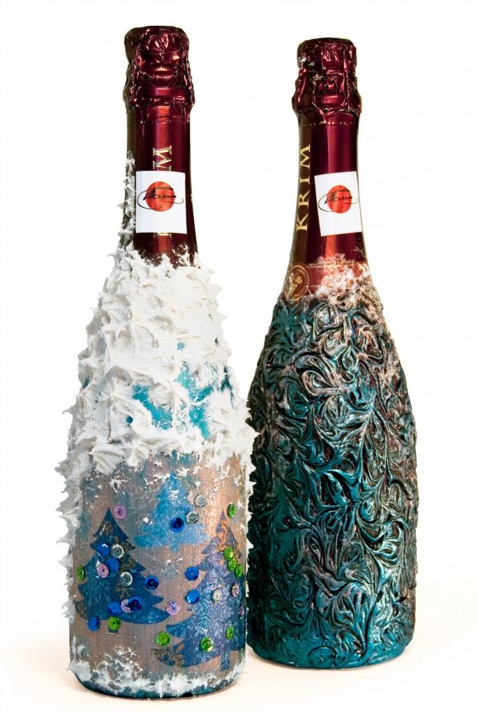 Сосновская Лариса. Бутылки с декупажем. Новый год.