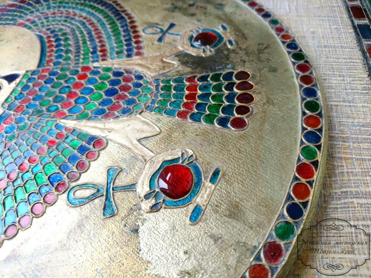 Ключница «Хорус». Стилизация под древний Египет. Работа с витражными красками.
