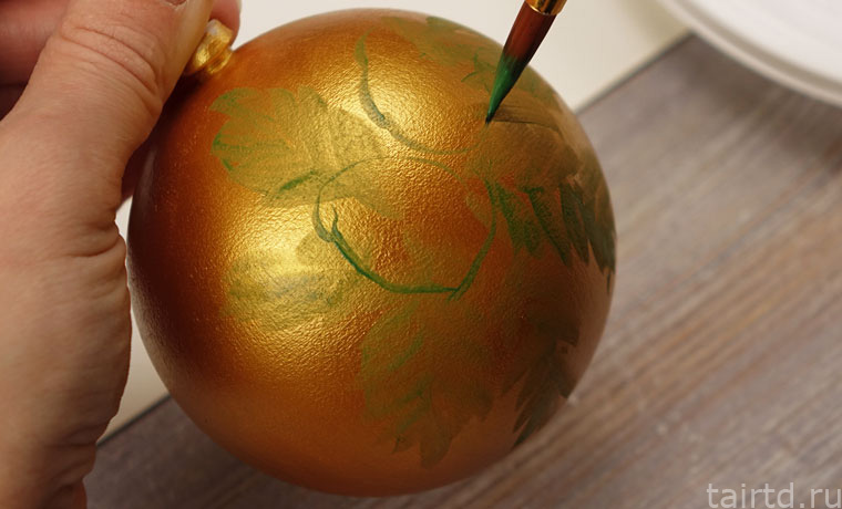 Роспись ёлочных шаров