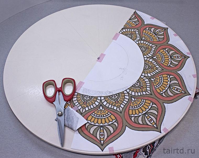 Декор часов в технике точечной росписи